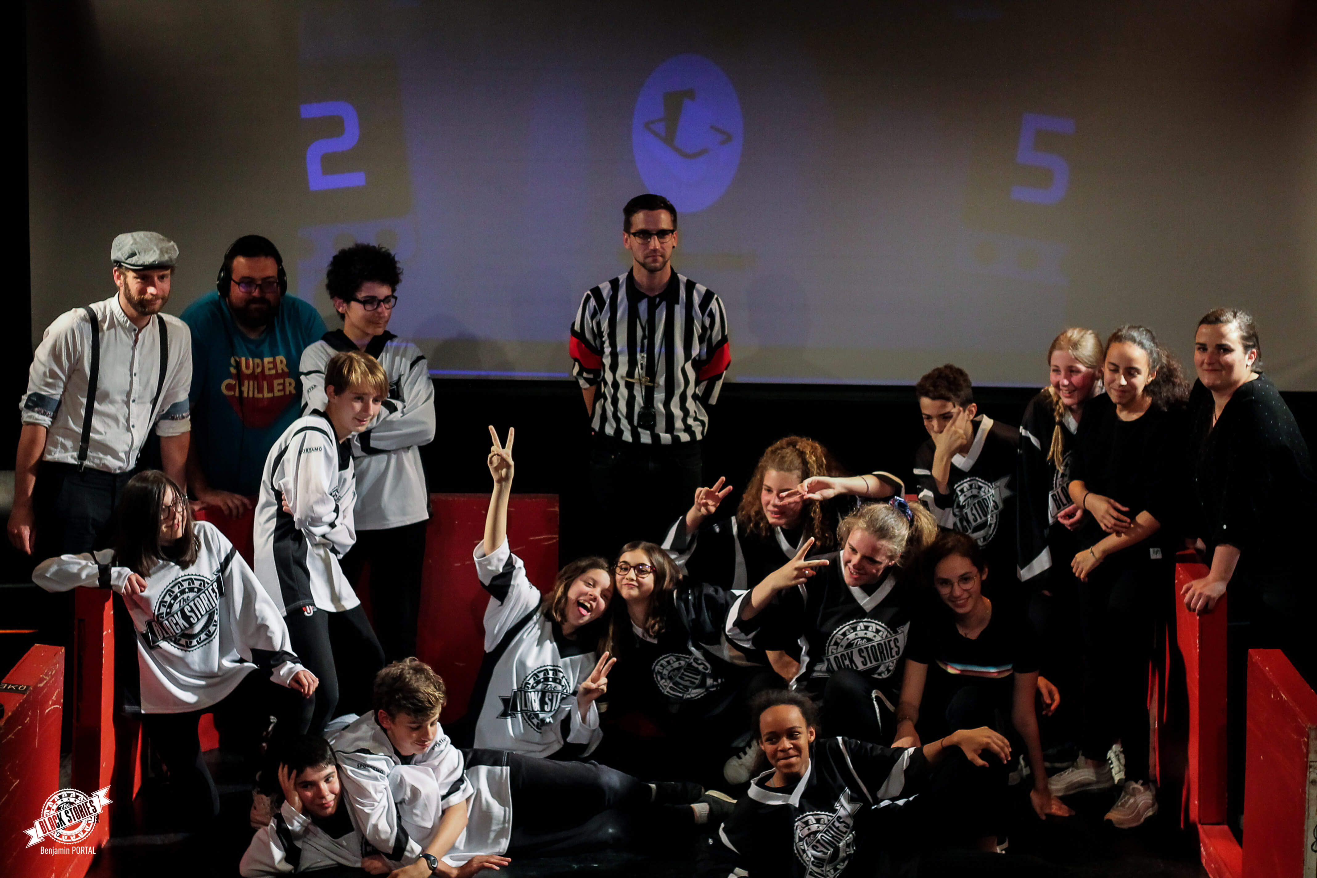 photo-groupes-finale-match-tournoi-impro-inter-college-toulouse